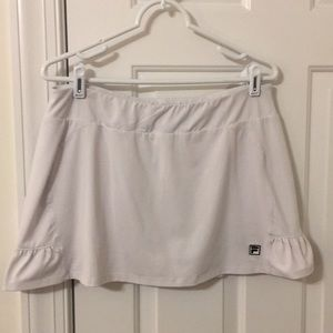 White Fila tennis or golf athletic skort sz Large